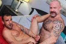 WOOF! Time To Enjoy Each Other: Damien Crosse & Musclebear Montreal (Bareback)