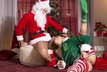 Santa Claus Is Cumming To Town! Sir Peter And Ken Summers (Bareback)